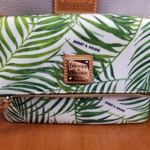 Dooney & Bourke folding crossbody bag